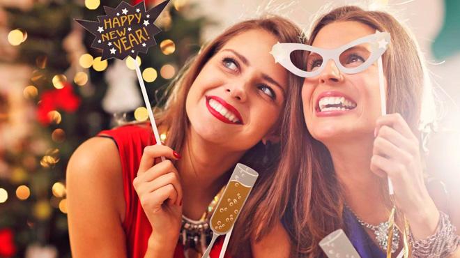 Что подарить подруге на Новый год 2020: идеи недорогих и оригинальных подарков